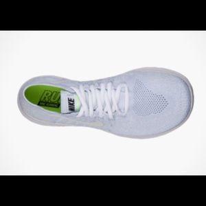 Women's Nike Free RN Flyknit